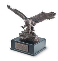 Mini sculptura - Soaring eagle