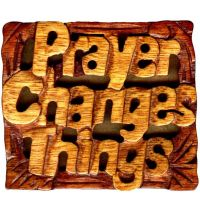 Magnet din lemn - Prayer Changes Things